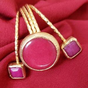 Alluring Queen Bracelet